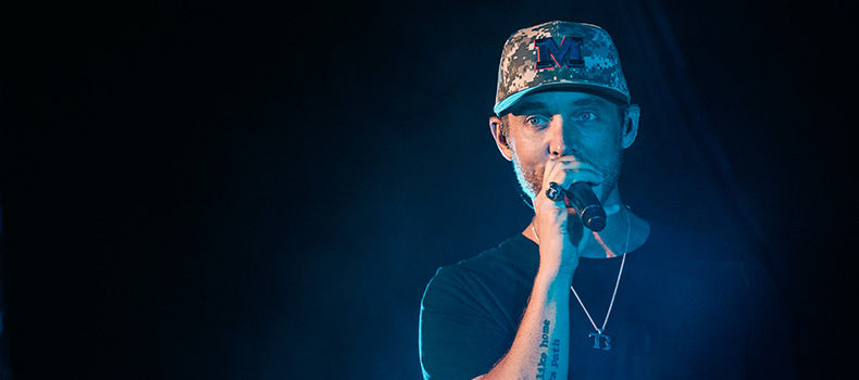 Brett Young at the Military Aviation Museum